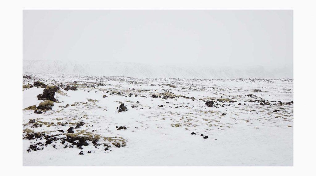 Vesturland nº4 – Islandiya, Insel der Zeit, 2020 –  Photograph – Pigment print on cotton paper, 50 x 70 cm