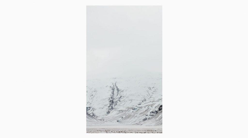 Vesturland nº11– Islandiya, Insel der Zeit, 2020 – Photograph – Pigment print on cotton paper, 50 x 70 cm